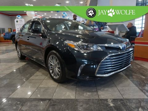 New 2018 Toyota Avalon Hybrid Limited 4D Sedan
