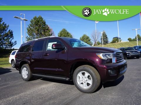 New 2018 Toyota Sequoia SR5 4D Sport Utility 4WD