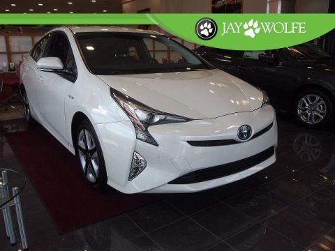New 2017 Toyota Prius Three Touring 5D Hatchback With Navigation