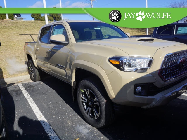 New 2019 Toyota Tacoma Trd Sport 4d Double Cab In Kansas City