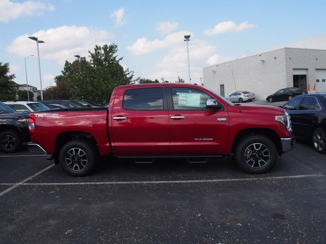 New 2018 Toyota Tundra Limited 4d Crewmax In Kansas City