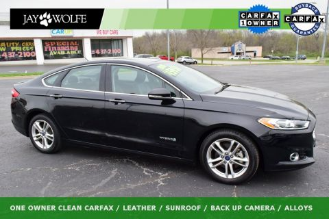 Pre-Owned 2016 Ford Fusion Hybrid Titanium